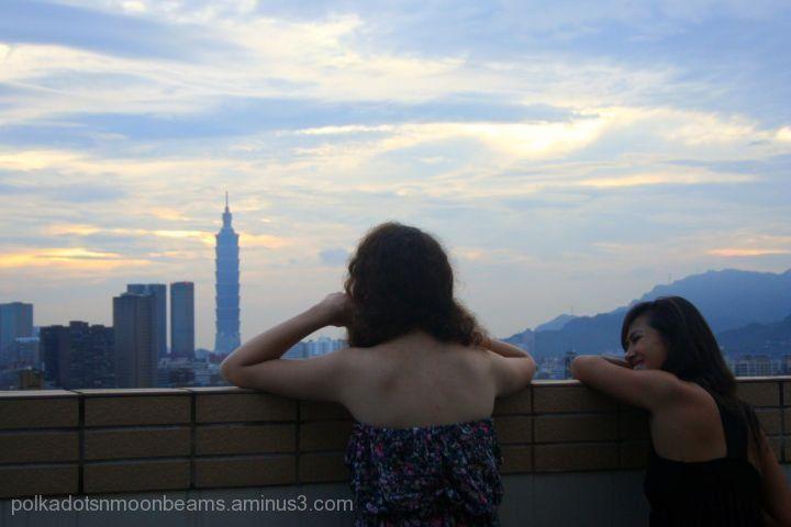 sunrise morning taipei taiwan city people