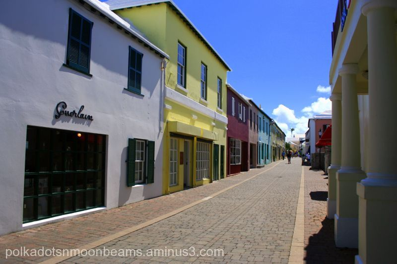 alley lane bermuda traditional buildings island su