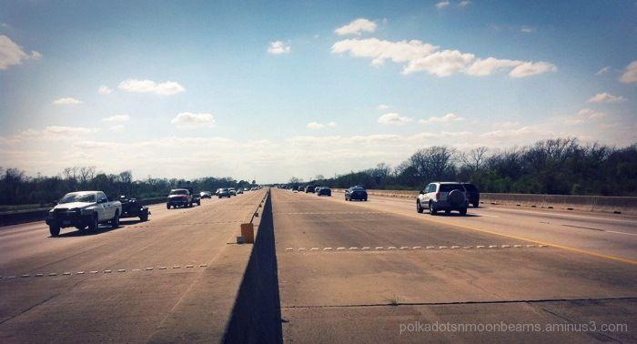 highway cars sky horizon