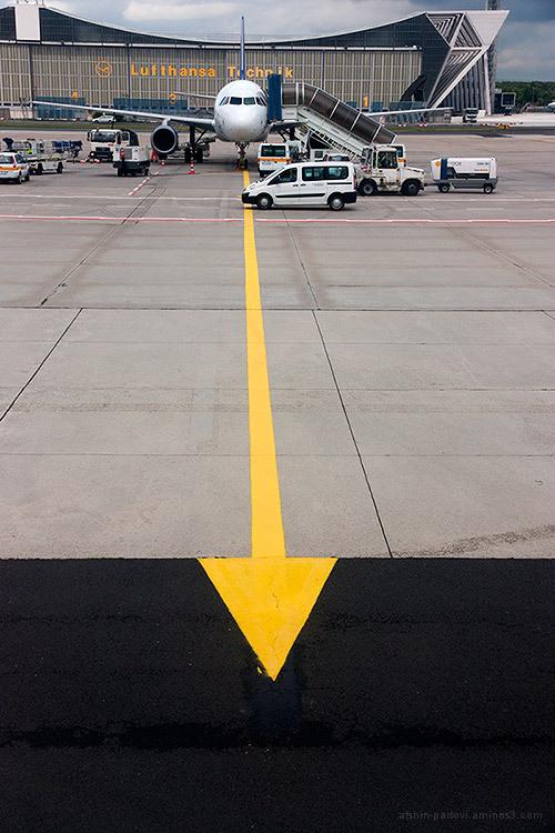 Lufthansa Technic, Frankfurt airport, Arrow, landi