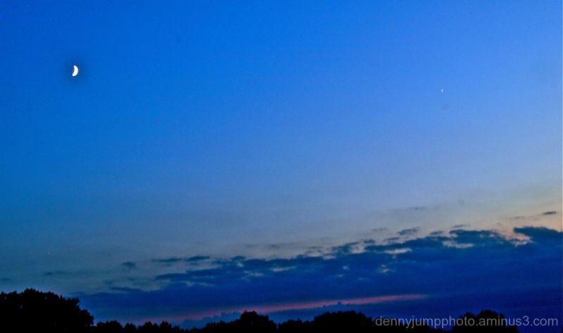 Cescent meet Venus - Venus meet Crescent