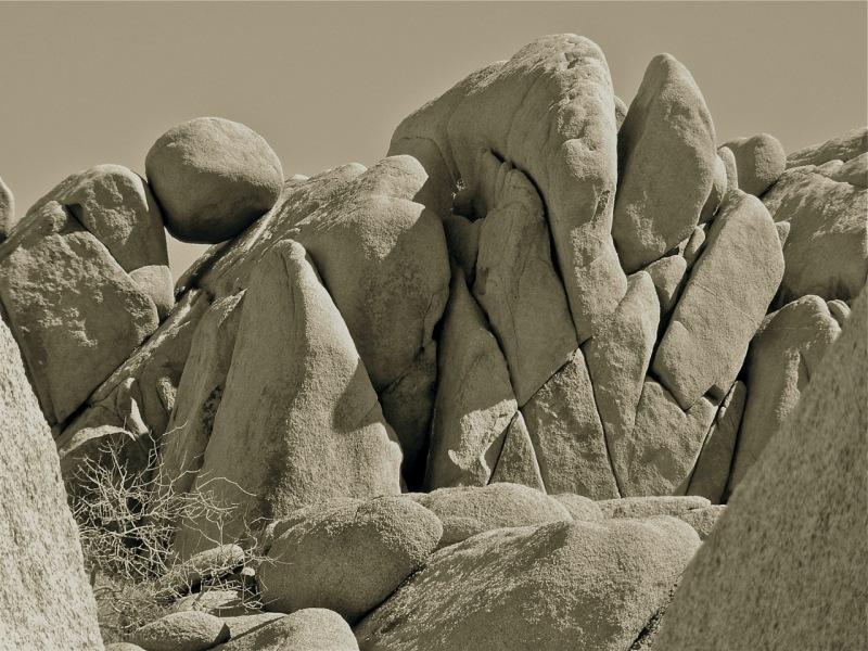 Balanced Bowliing Ball Rock