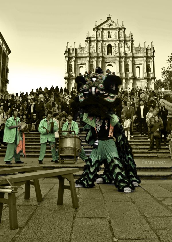 Lion Dance, Macau