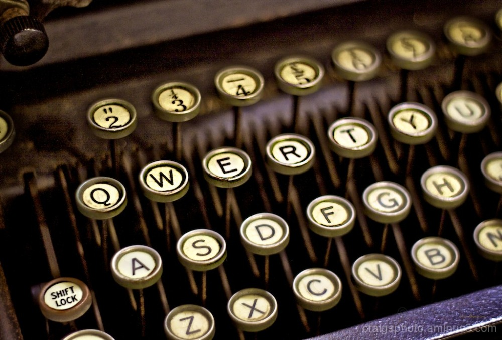 Typewriter historic QWERTY Keys