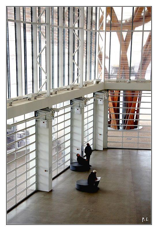 Le hall d'entrée du Centre Pompidou