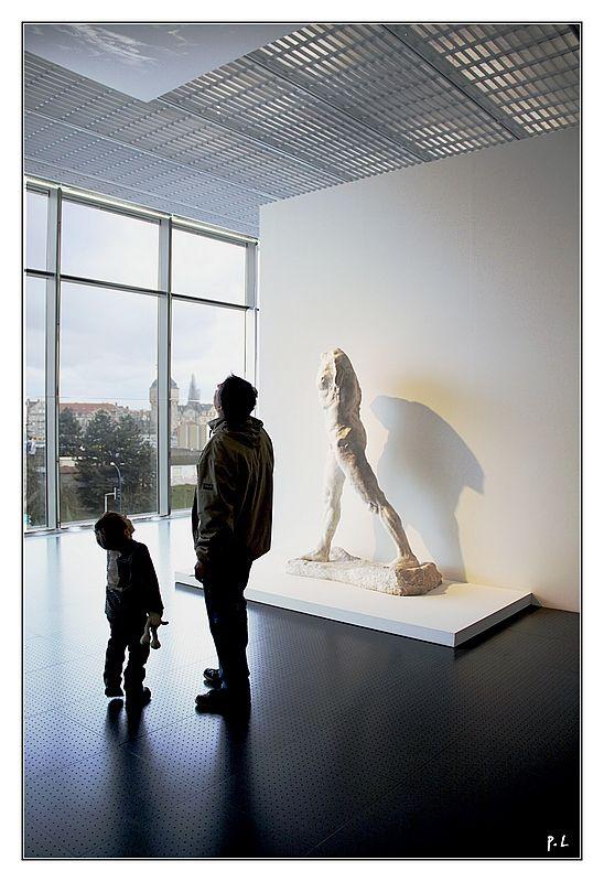 L'homme qui marche -Rodin-