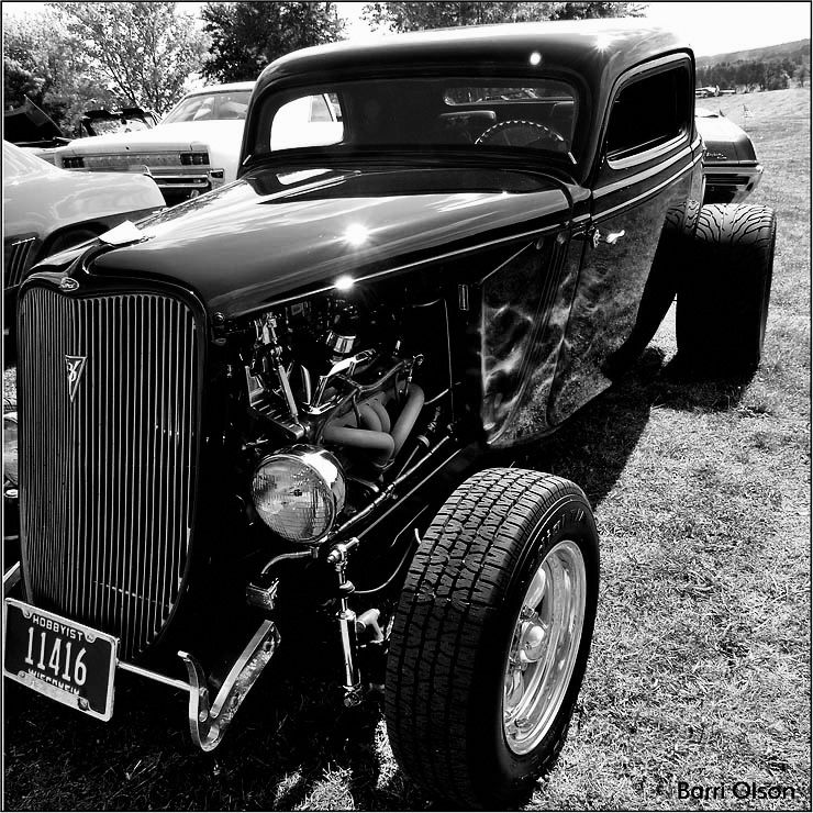 B&W 1933 Ford Coupe