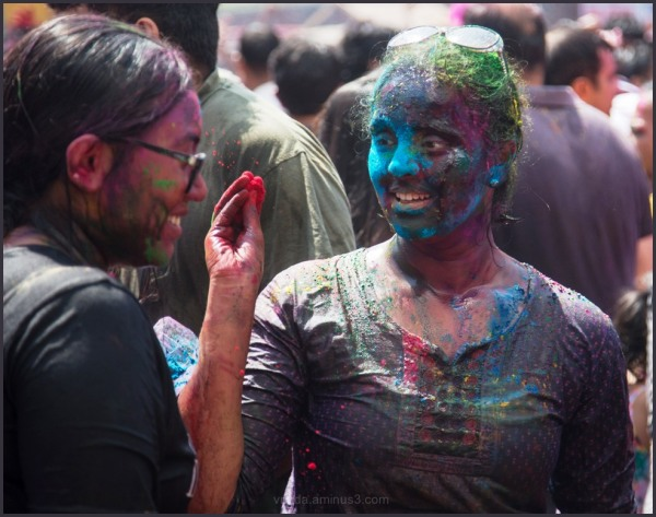 Let's play Holi!!