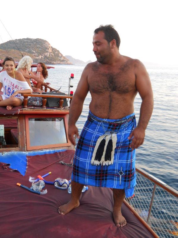 Captain Arap, wants to be Scottish!