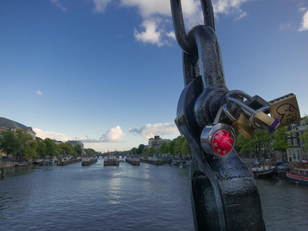 R+A locked in Amsterdam