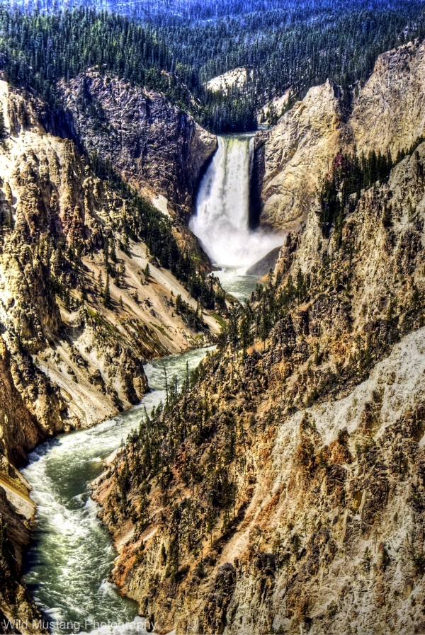 Waterfall  Yellowstone   Canyon
