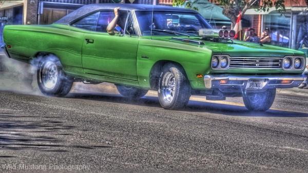 green car  hdr