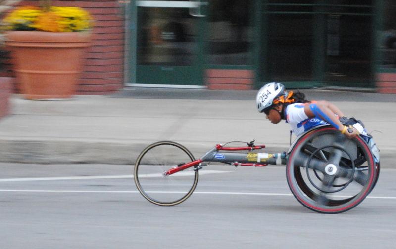 chicago marathon wheelchair