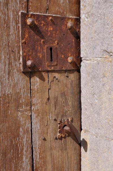 On doit avoir perdu la clé depuis longtemps!