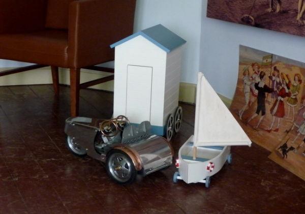 Des jouets d'autrefois. 1