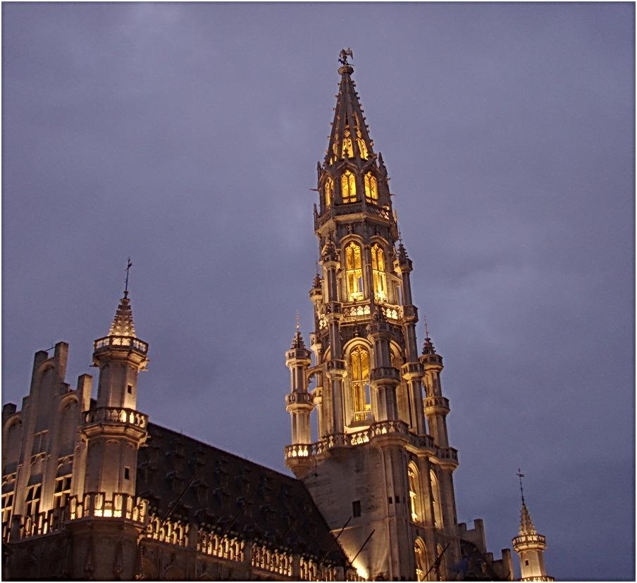 Bruxelles. L'Hotel de ville. (XV° siècle)