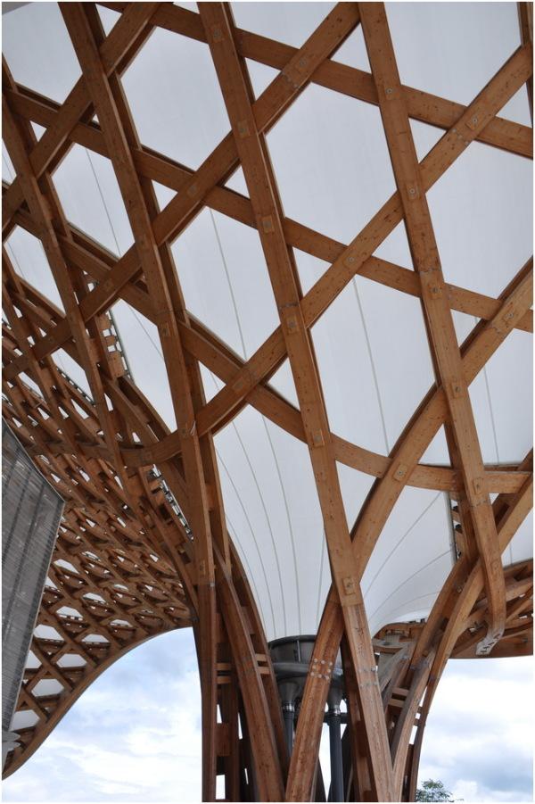 Centre Pompidou-Metz. 2 Un des piliers.