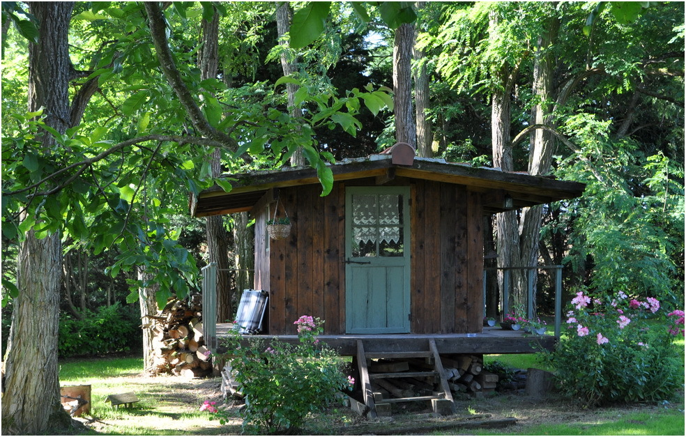 la cabane au fond du jardin miscellaneous photos mamyni 39 s photoblog. Black Bedroom Furniture Sets. Home Design Ideas