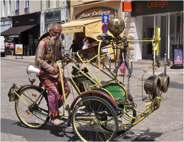 Le tricycle fantastique.
