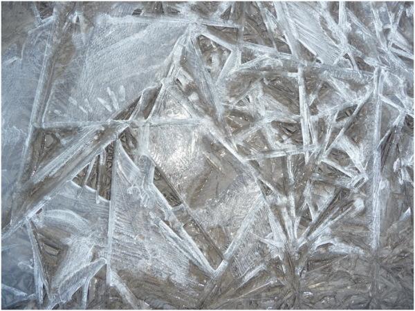 Brisons la glace.
