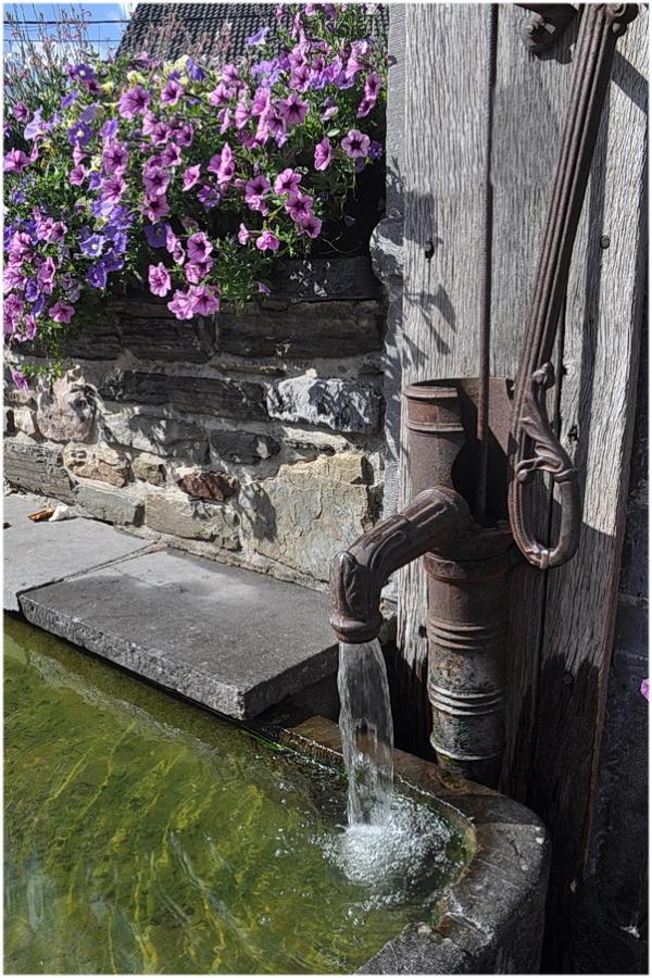 Ancienne pompe municipale.