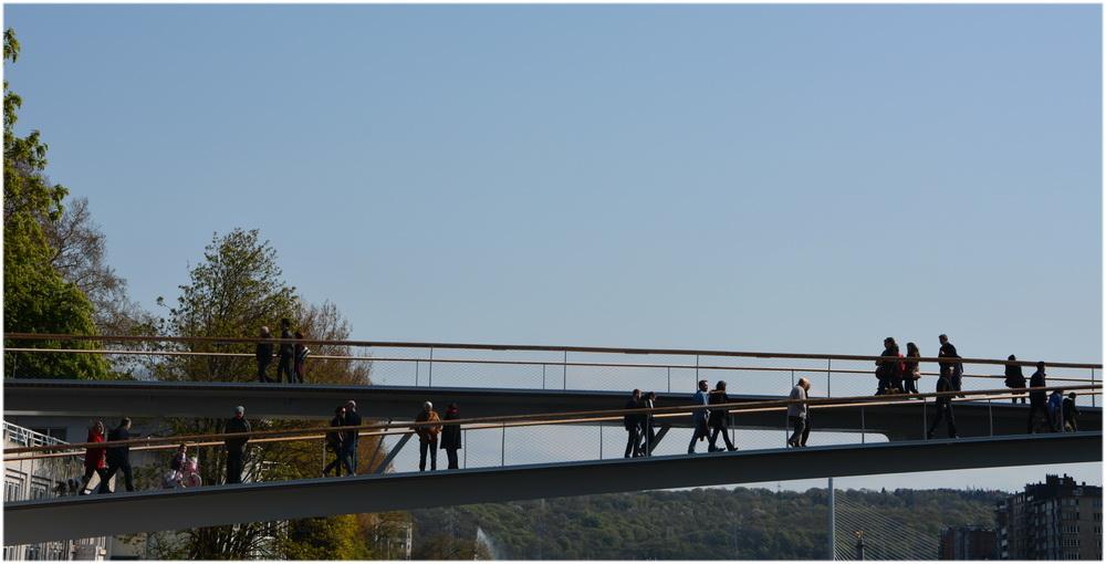 Passerelle sur la Meuse