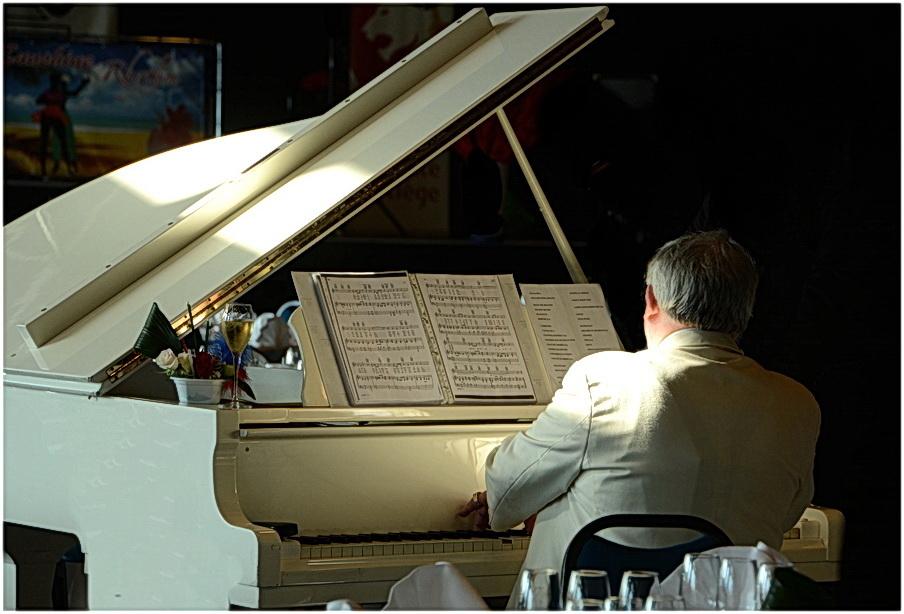 Le piano blanc