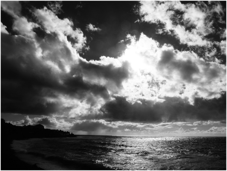 Derniers rayons en noir et blanc.