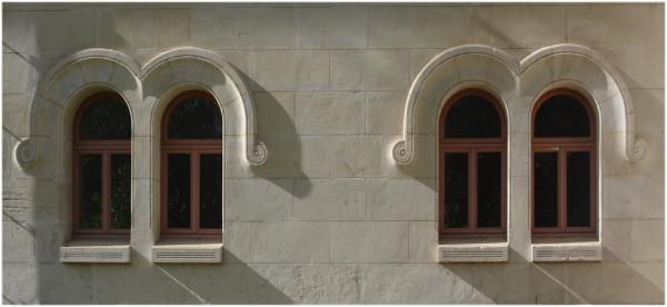 Fenêtres à moustache