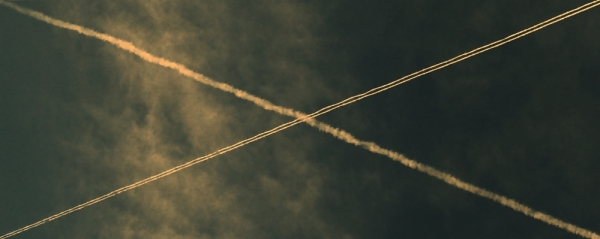 air plane traces geometry