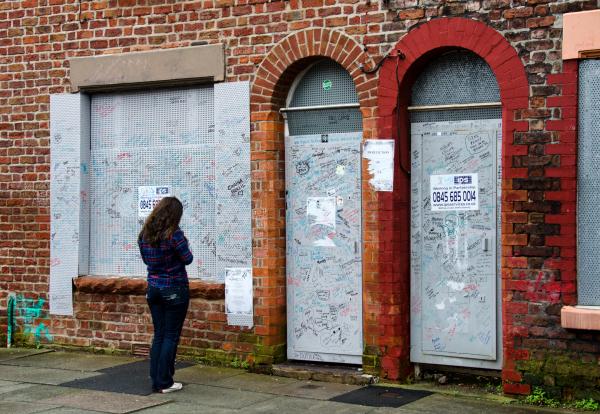 Amazing Doors In Liverpool 3/3