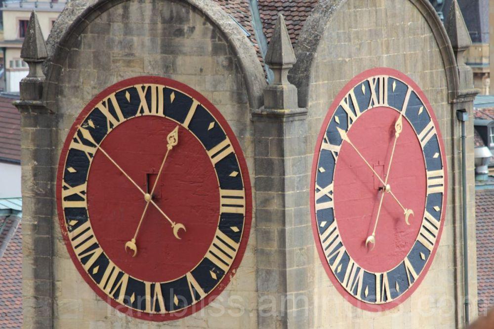 Bright clock