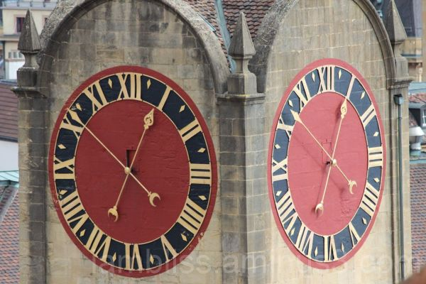 Bright clocks