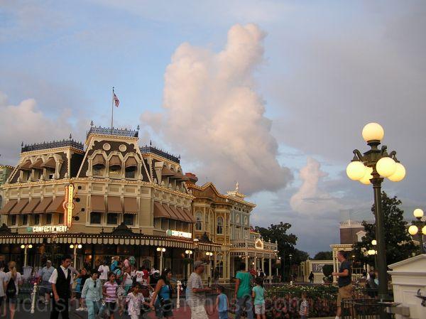 WDW, Jud, Magic Kingdom, Town Square, sky, clouds