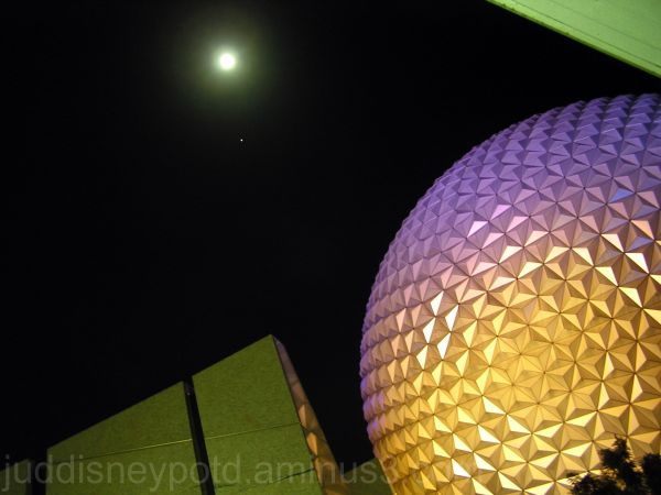 WDW, Walt Disney World, Jud, Epcot, Moon