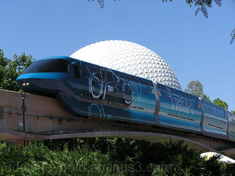 Jud, Epcot, Tron-o-rail, monorail