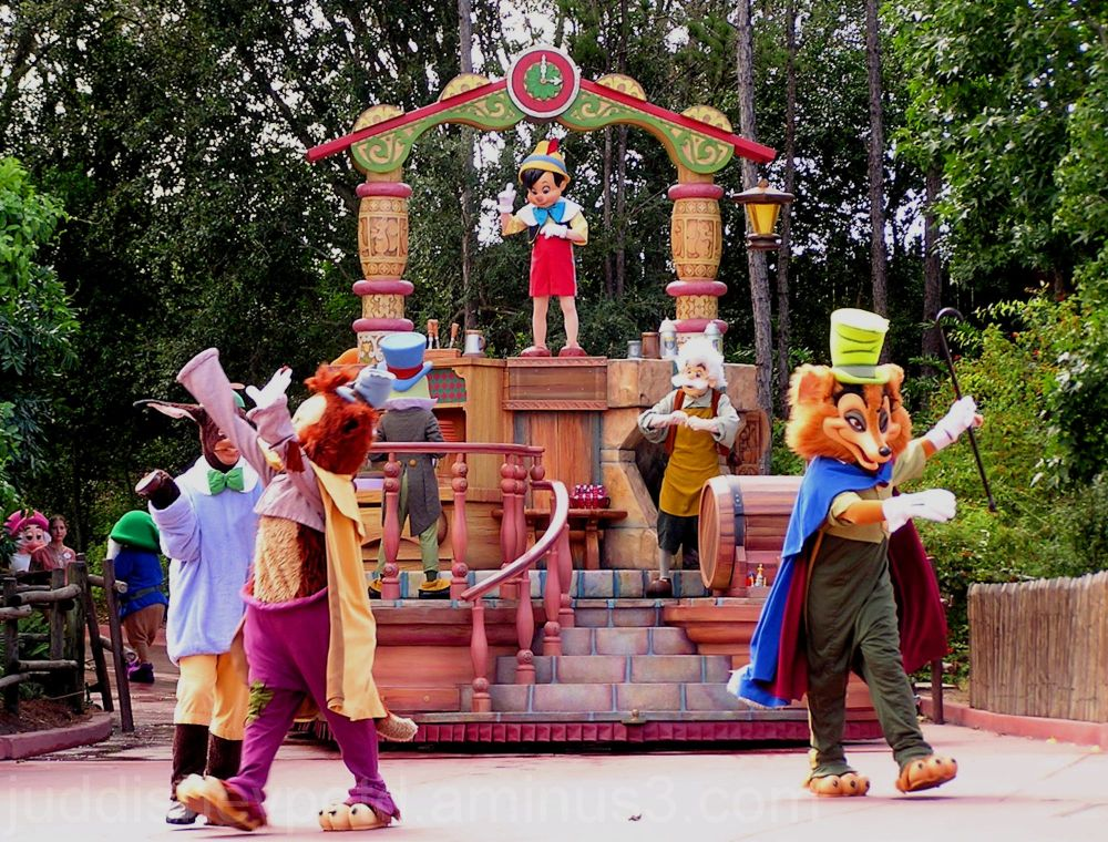 Jud, Disney, Magic Kingdom, Parade, Float
