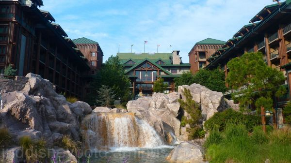 Jud, Disney, Wilderness Lodge, Waterfall