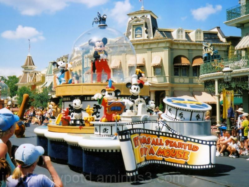 Jud, Disney, Magic Kingdom, Parade, Mickey Mouse