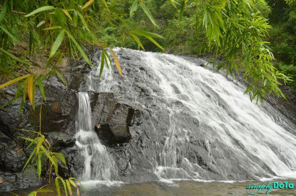 Carugo Falls