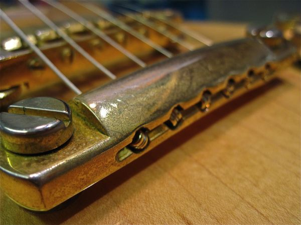 Gibson Tailpiece