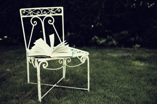 Vintage reading