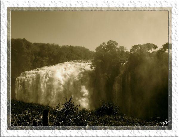 L'eau vive (III) - La cascade / Waterfalls