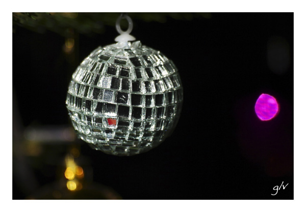 Joyeux Noël, Merry Christmas, Feliz Navidad ...