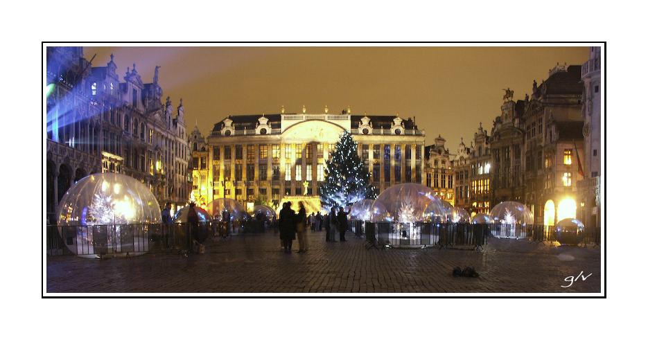 La Grand-Place by night  - 1/3