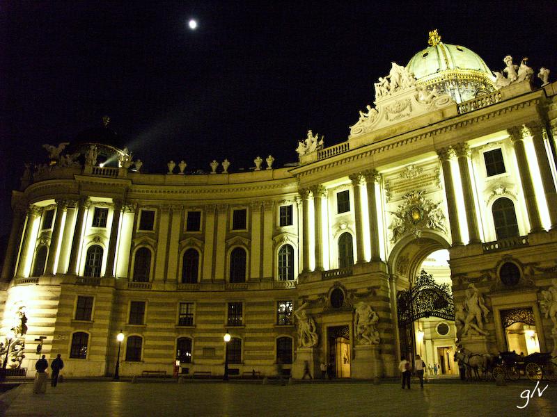 C'est beau une ville la nuit (01)