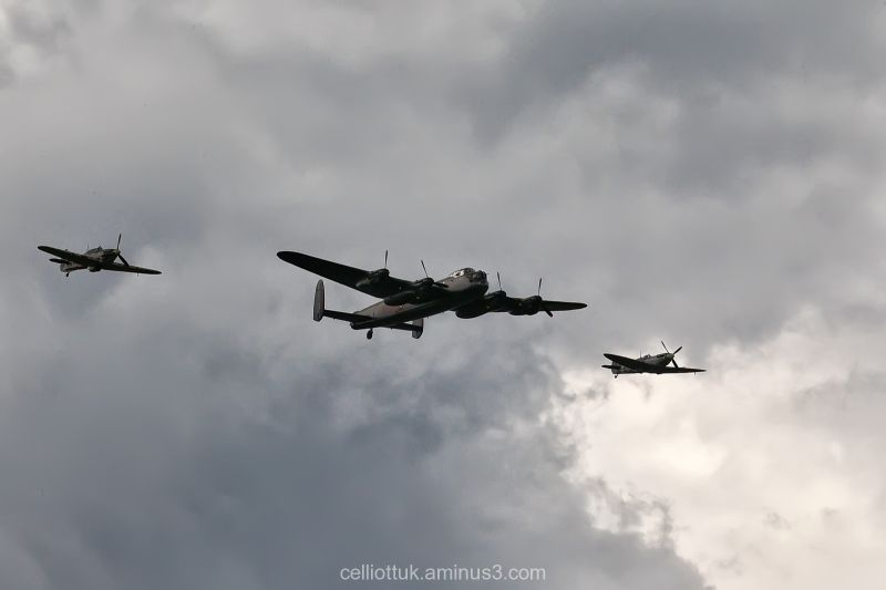Skies-Battle of  Britain memorial fly past