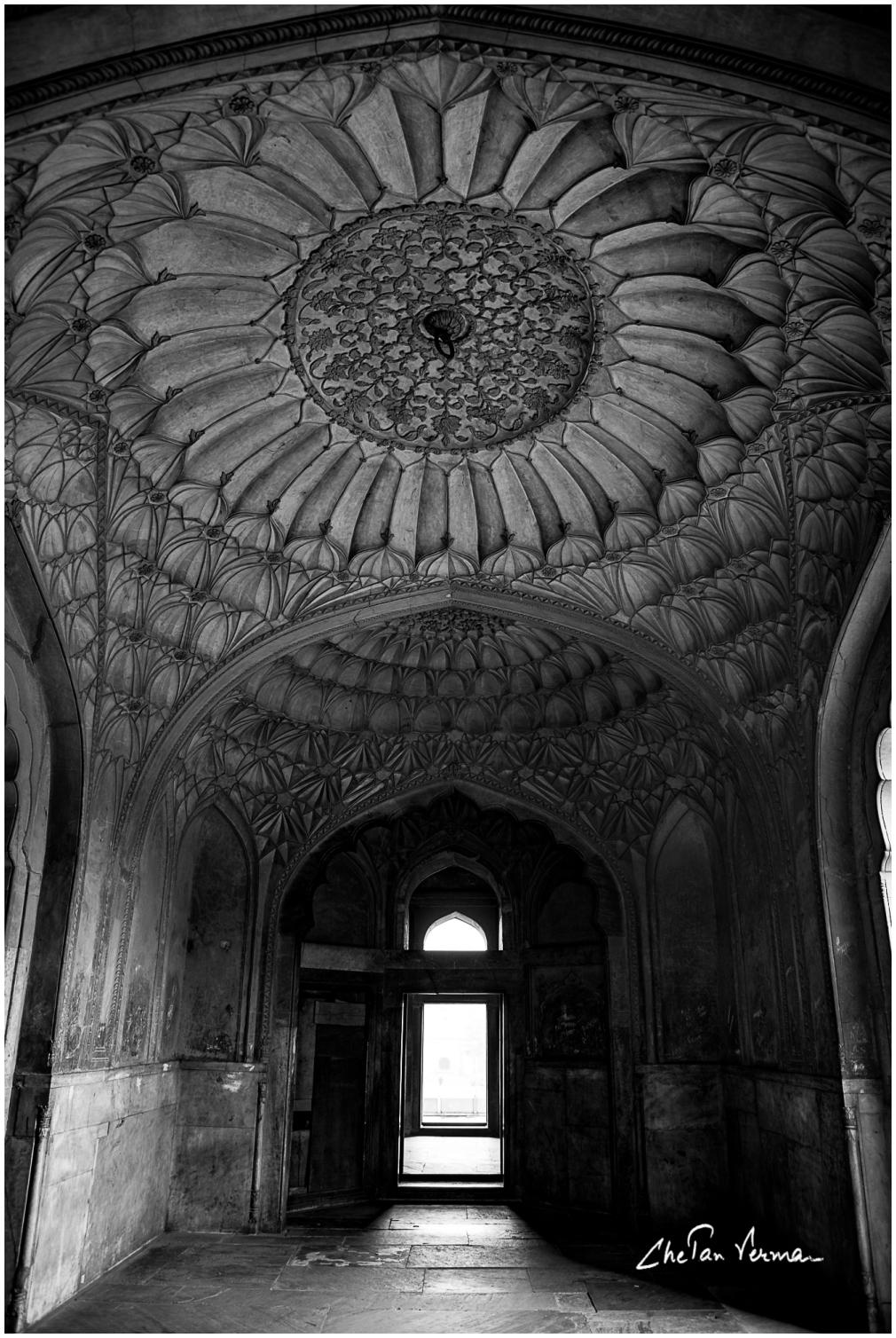 Inner chamber of Safdarjang's tomb