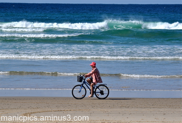 SUN, SURF, SAND AND CYCLE