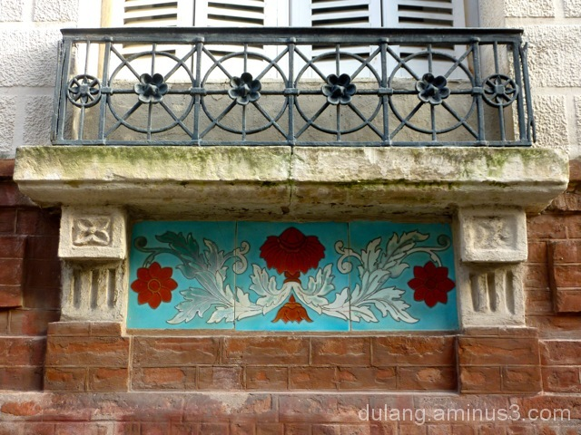 Trouville, Normandy tilework